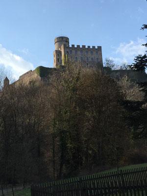 Burg Pyrmont, 37 km entfernt