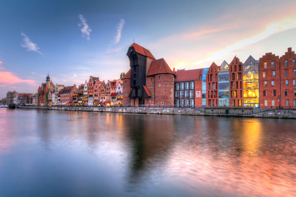 Old town of Gdansk with ancient crane at dusk, Poland - Patryk Kosmider