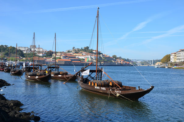 Cais de Vila Nova de Gaia, Portugal © European Best Destinations