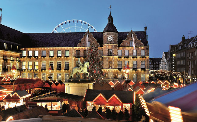 Best Christmas Markets in Europe Düsseldorf © Düsseldorf Tourismus GmbH - A. Jung