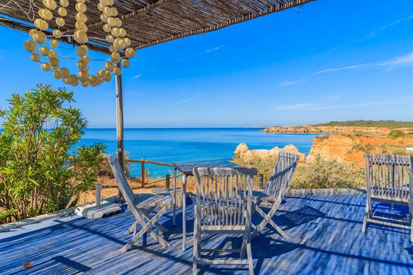 A restaurant near Portimao , Algarve, Portugal by Pawel Kazmierczak