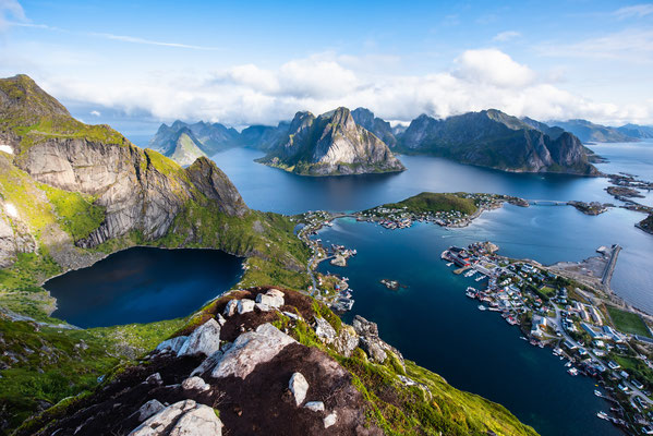 Reine view copyright rayints