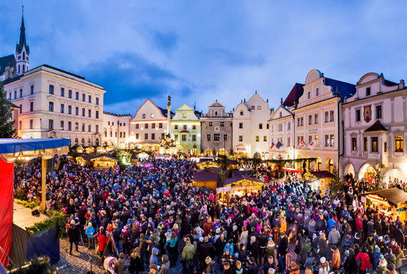 Best Christmas Markets in Europe - Cesky Krumlov Christmas Market - Copyright ©Town Český Krumlov Photo Lubor Mrázek