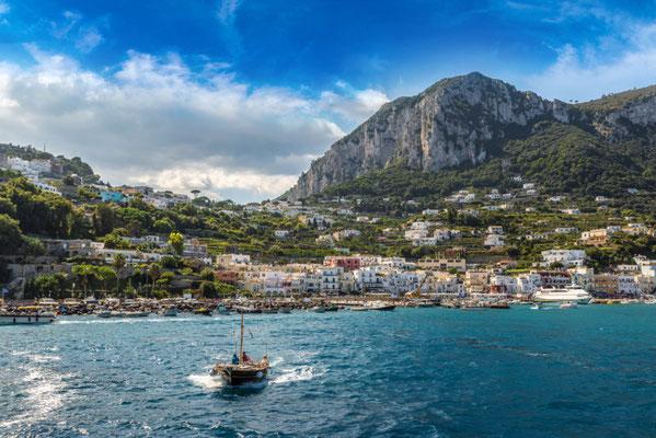 Capri island copyright  S-F