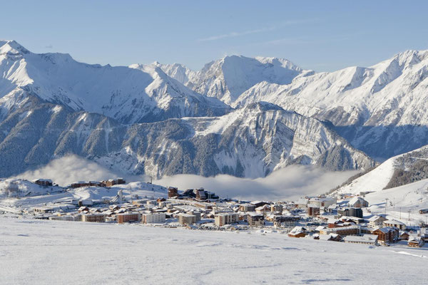 Alpe d'Huez - European Best Ski Resort - Copyright Alpe d'Huez Tourisme