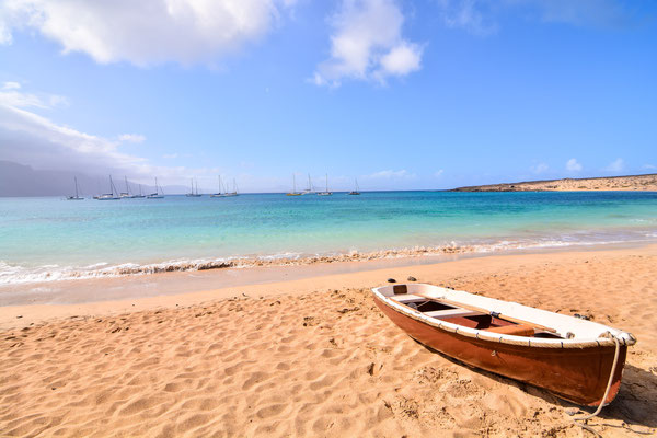 Lanzarote - European Best Destinations - La Graciosa Beach in Lanzarote - Copyright underworld
