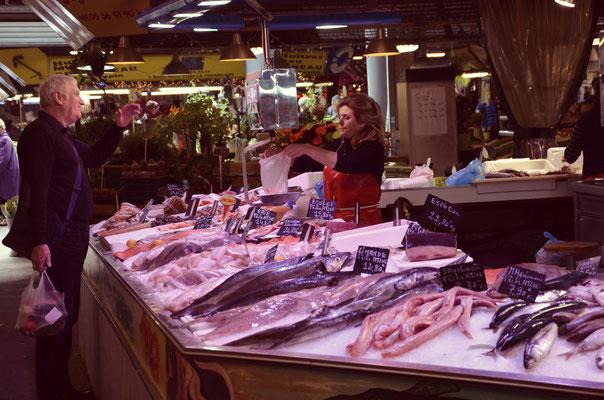Marché-des-Capucins-Bordeaux
