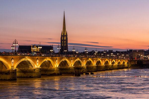 Bordeaux - Crédit Steve Le Clech - pont de pierre - European Best Destinations