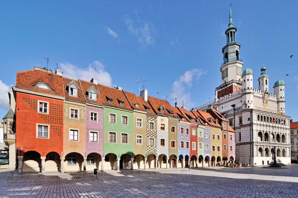 Market square, Poznan, Poland Copryight whitelook