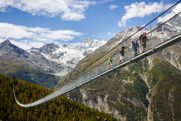 Zermatt - Charles Kuonen Suspension Bridge - Copyright Pascal Valentin Flauraud