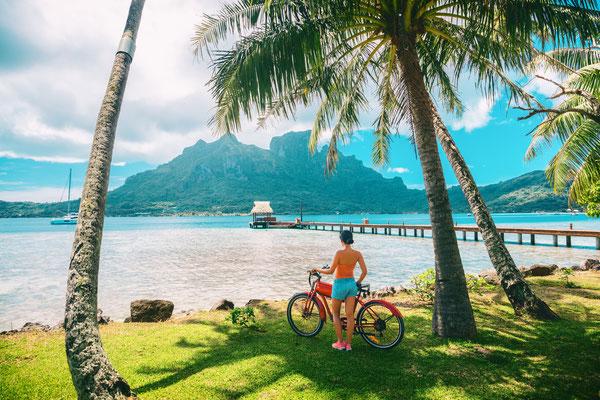 Tahiti biking copyright Maridav
