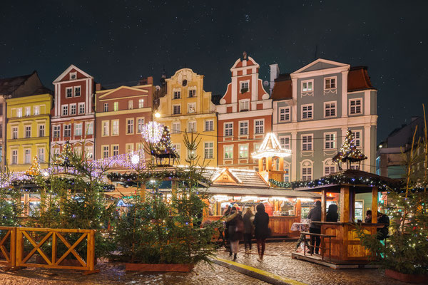 Christmas market in Wroclaw at evening, Poland, Europe - Copyright lukaszimilena / European Best Destinations