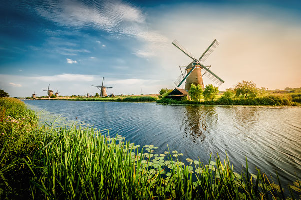 Historians Dutch windmills near Rotterdam - Copyright Magati