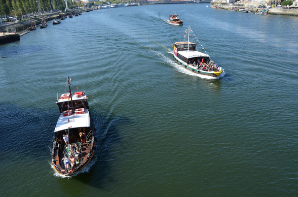 The traditionnal Rabelos boats on the Douro river, Porto, Portugal © European Best Destinations