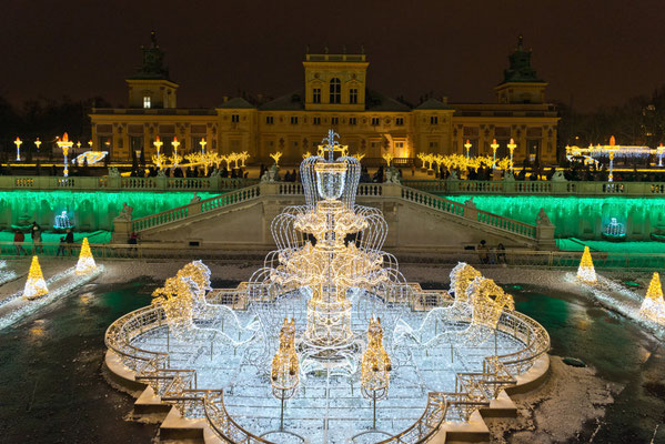 Best Christmas Markets in Europe - Warsaw Christmas Market - Royal Garden of Light in Wilanów_fot. Copyright City of Warsaw