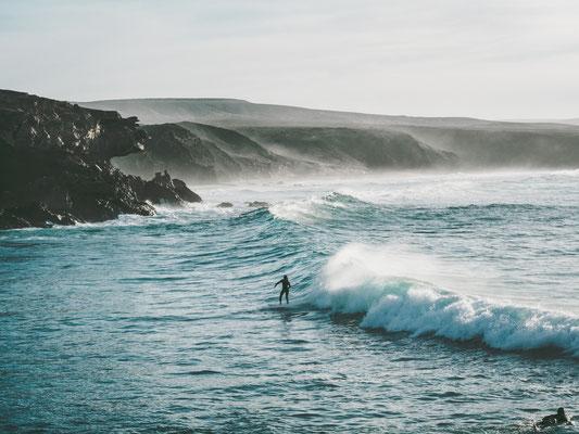 Fuerteventura surf copyright Ariane Hoehne