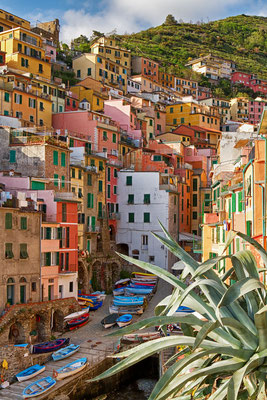 Cinque Terre - European Best Destinations - Riomaggiore in Cinque Terre - Copyright Anette Andersen