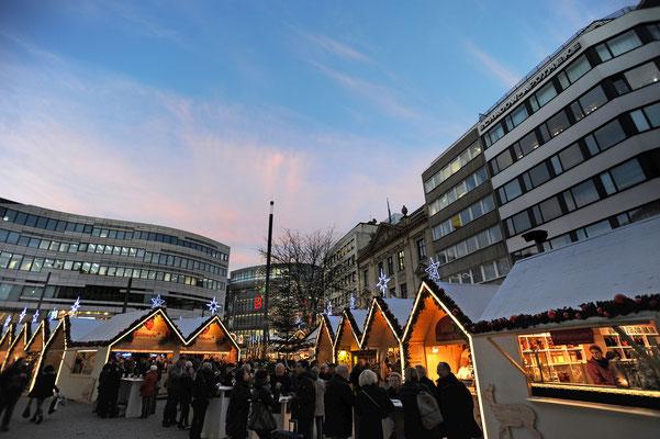 Christmas Market Dusseldorf Copyright Visit Duesseldorf