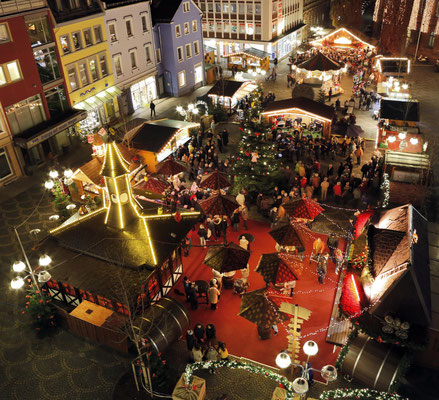 Worms Christmas Market Copyright Bernward Bertram