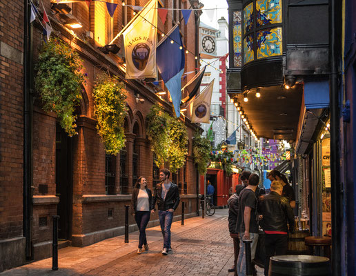 Temple Bar, Dublin - Copyright Ireland.com
