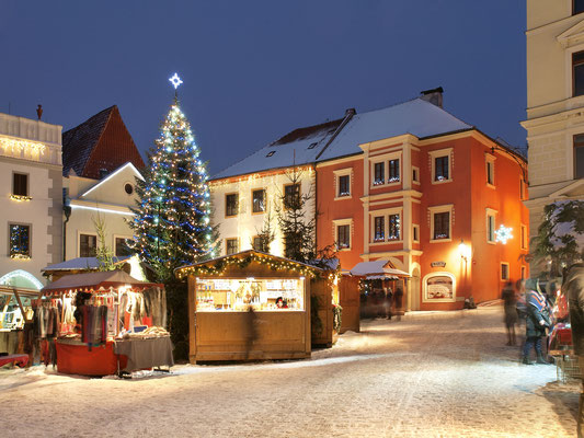 Best Christmas Markets in Europe - Cesky Krumlov Christmas Market - Copyright  © Town Český Krumlov  Foto Jan Schinko jr  - European Best Destinations