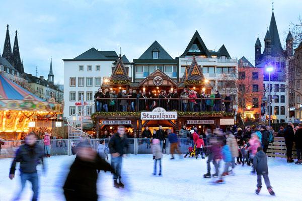 Cologne European Best Destinations -  Eisbahn3©Weihnachtsmarkt Kölner-Altstadt