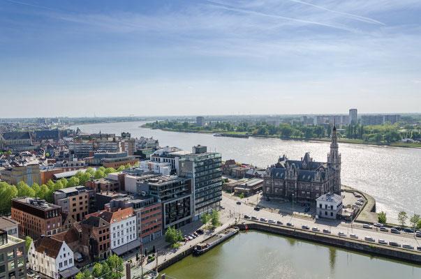 Antwerp copyright Sira Anamwong