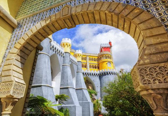 Pena palace, Sintra, Portugal - Copyright Boris Stroujko