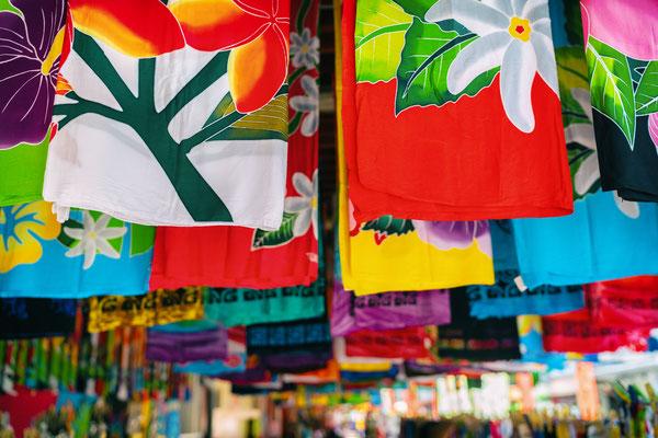 Tahiti market copyright Maridav  2