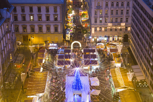 Christmas market in St. Stephen Square, Budapest, Hungary - By Dmitry Pistrov