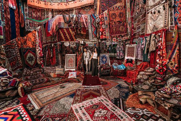 Cappadocia Psian shop copyright Sotnikov Misha