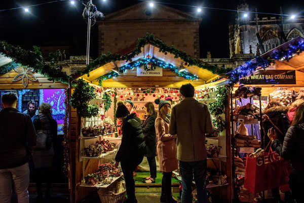 Best Christmas breaks in Europe - Bath Christmas Market - Copyright VisitBath - European Best Destinations