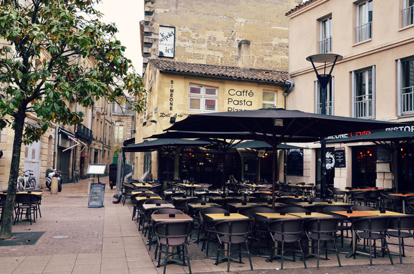 Camille-Jullian-Square-Bordeaux