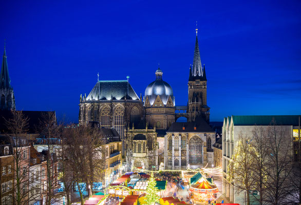 Aachen Christmas Market -  By yotily