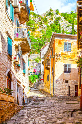 Colorful streets of Kotor copyright Roman Sigaev