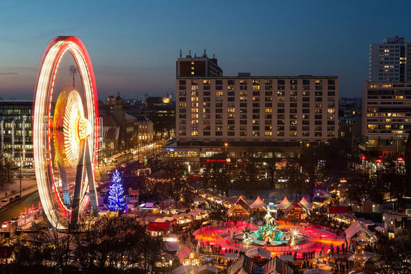 berlin christmas market 2018 dates hotels things to do. Black Bedroom Furniture Sets. Home Design Ideas