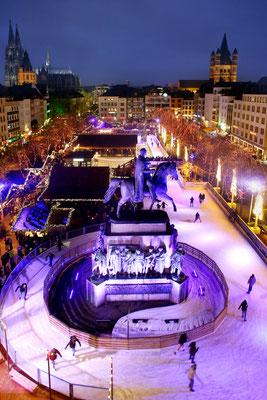 Cologne European Best Destinations -  Heinzels-Wintermärchen_Eislaufbahn©Heimat der Heinzel Thilo Schmülgen