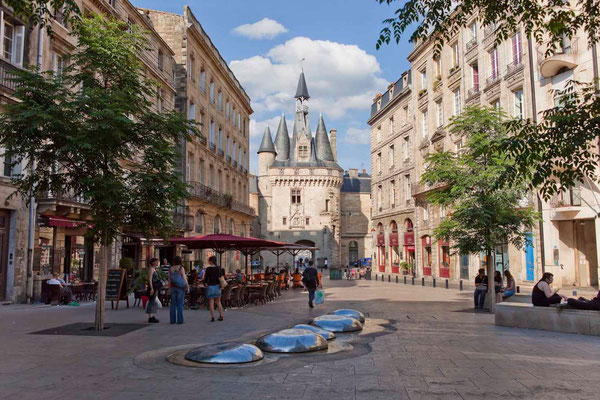Bordeaux - Place du Palais - Credit Steve Le Clech - European Best Destinations