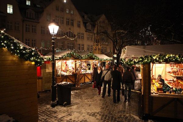 Weihnachtsmarkt Münsterplatz (c) A. Steindl ats