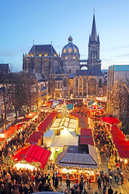 aachen christmas market 2019 dates hotels things to do. Black Bedroom Furniture Sets. Home Design Ideas