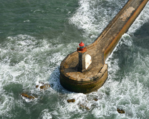 Aerial view of a lighthouse at Foz do Douro, Portugal © European Best Destinations