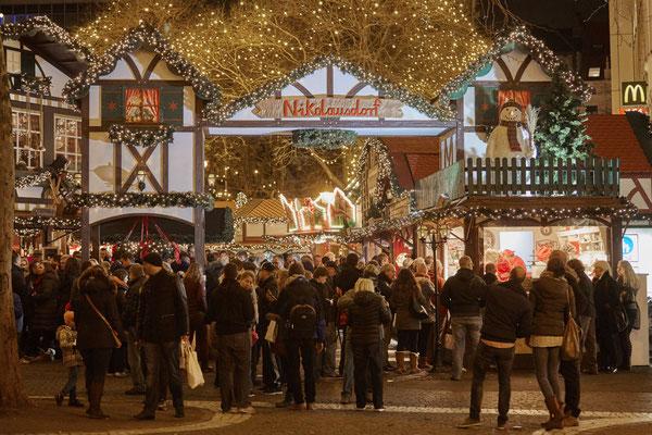 Cologne Christmas Market © KölnTourismus GmbH / Dieter Jacobi
