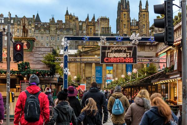Edinburgh Christmas market - Copyright Roberto La Rosa