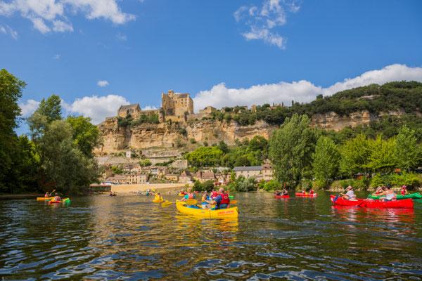 Kayaking on the Dordogne River copyright Shutterstock Editorial rui vale sousa