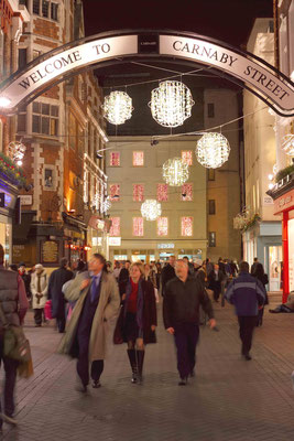Christmas time in London - Copyright Visit Britain