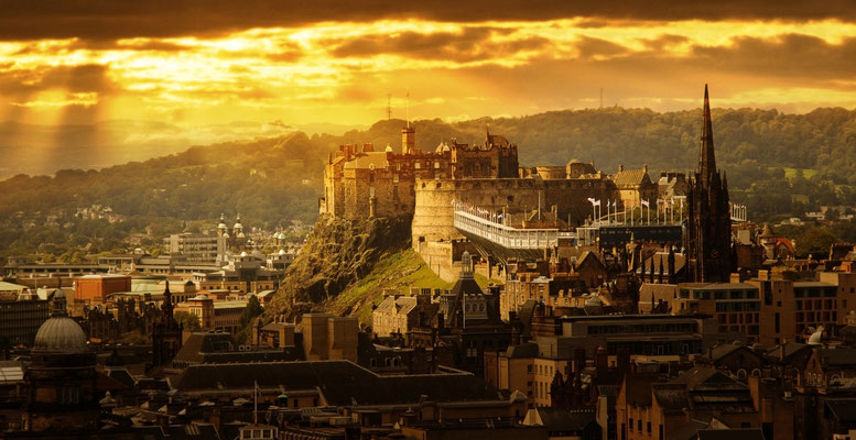 Edinburgh European Best Destinations Copyright Kanuman