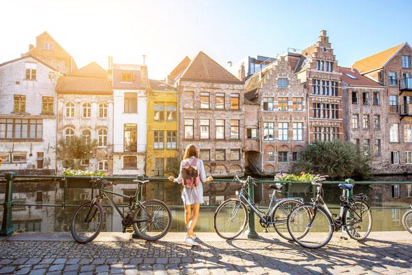 Ghent tourist copyright  RossHelen