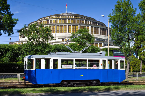 Antique trams in Wroclaw - Copyright VisitWroclaw.eu - European Best Destinations