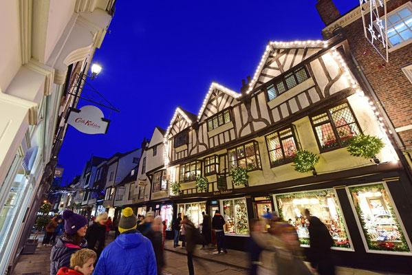 Best Christmas Markets in the UK  - York Christmas Market - Best Christmas Markets in the UK copyright VisitYork.org