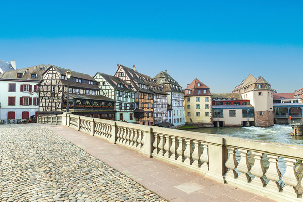 Strasbourg, bridge Ponts St. Martin with old half timbered houses Copyright  Jorg Hackemann